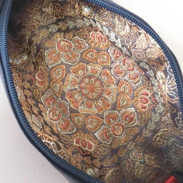 『セミオーダーの着物リメイク』 – 本革と帯のペンケース – #2
