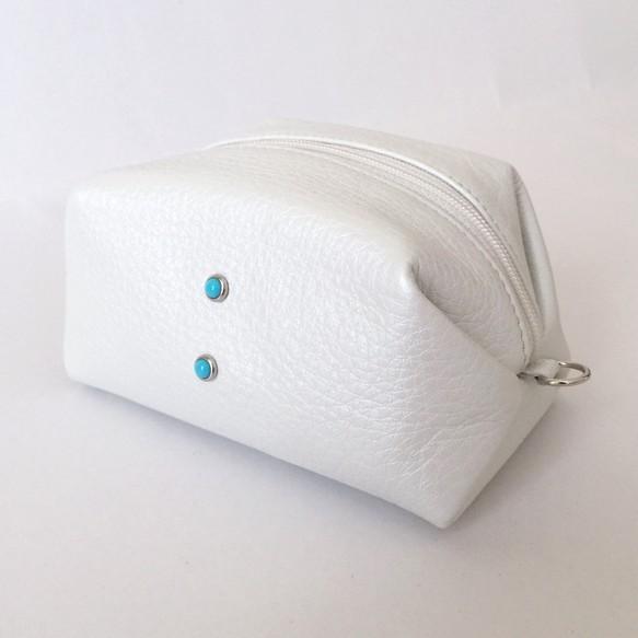 パールホワイトレザーと組み合わせた着物リメイク