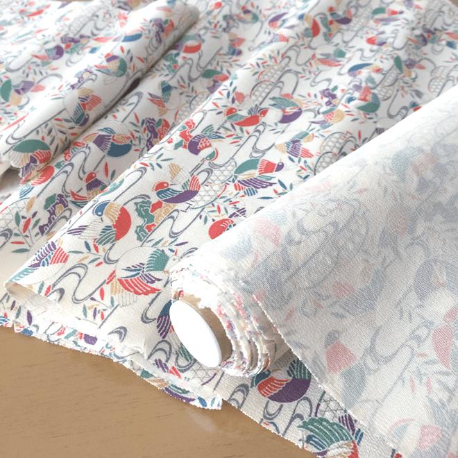 着物好き・鳥好きな方へのプレゼントに!着物やファスナーカラーが選べるペンケース